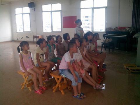 广福小学乡村学校少年宫音乐室活动