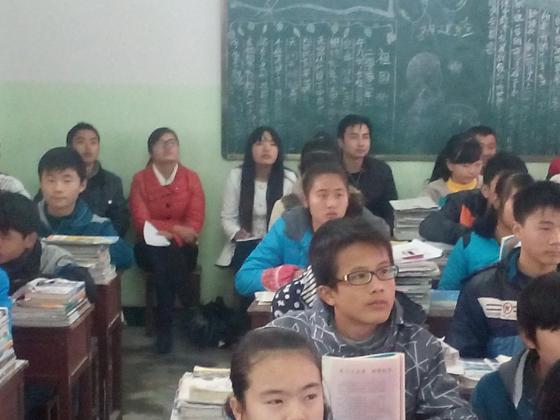 南昌市教育局教科所专家到南昌县塘南中学听课调研