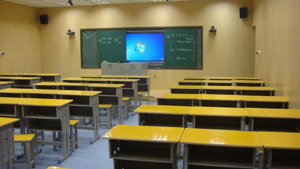 南昌县电教站举办录播教室使用培训班