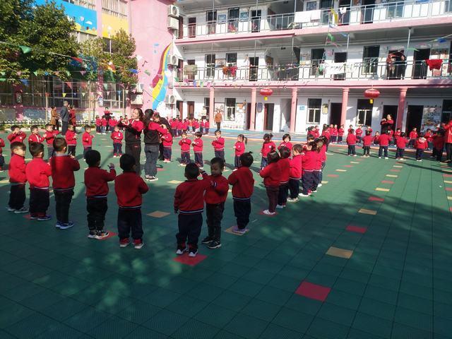 向塘镇幼儿园举行早操比赛活动